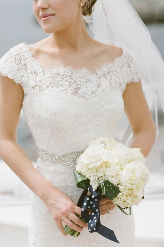 sleevedweddingdress