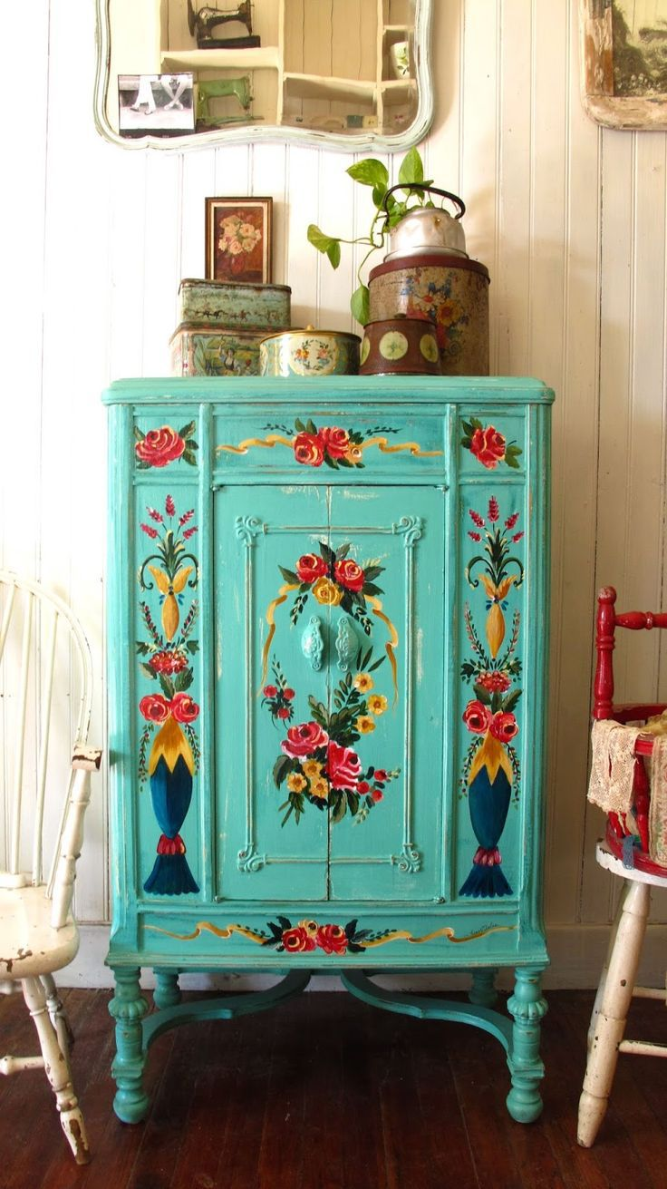 comoda-7 10 Cômodas para decorar sua casa