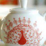 Louça pintada para o chá