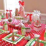 Mesa de Natal colorida e alegre