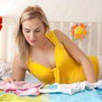 Organizando as roupinhas do bebê