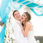 {Mini Wedding} Casamento com o pé na areia