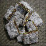 pe-de-moleque-de-chocolate-e-pistache-1399396807956_300x300-150x150 {Romântico} Cupcake de cereja
