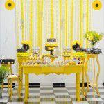 Decoração para uma festa amarela