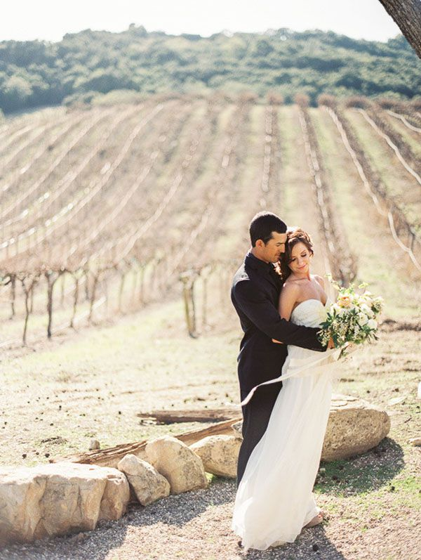 16-rustic-sophistication-wedding-shoot-wine-country