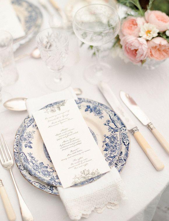 2677138ffa839675aaca3a3c64a5b7c5 Vestindo a mesa de seu casamento