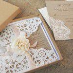 A emoção de ver os detalhes do casamento feitos pelos noivos – DIY