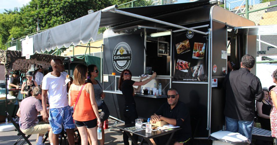 food-truck-eatinerante-1405436109845_956x500