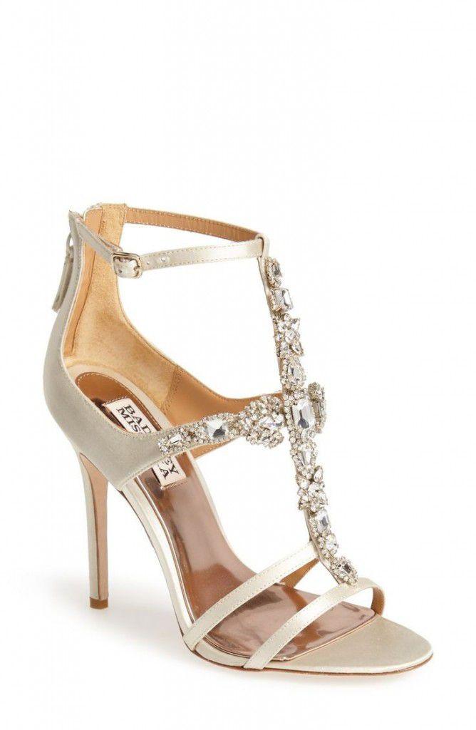 4bd0063999cd42117d103946feaa5c23-668x1024 Inspiração: sapatos de salto para noiva