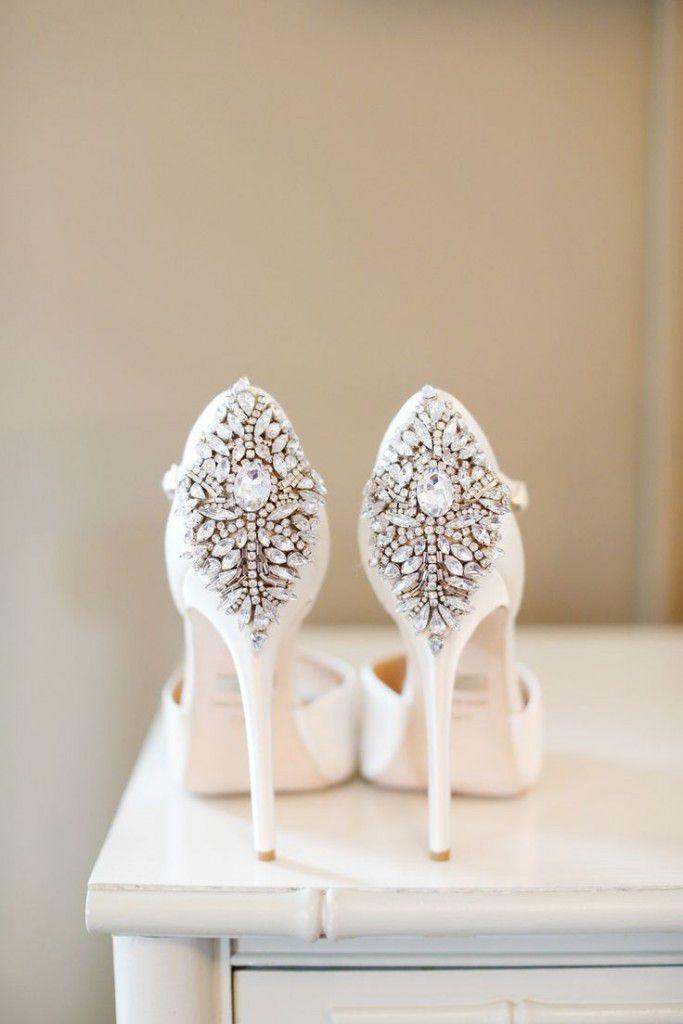 645988c84ac865faa7a1dbbc06b4b1c1-683x1024 Inspiração: sapatos de salto para noiva