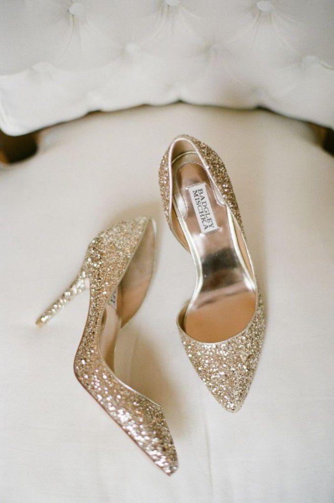 e9d8fab502e66a0180f308d571423d16-679x1024 Inspiração: sapatos de salto para noiva