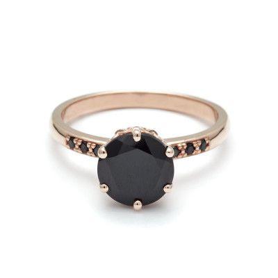 escorpiao-3 O anel de noivado perfeito de acordo com o seu signo