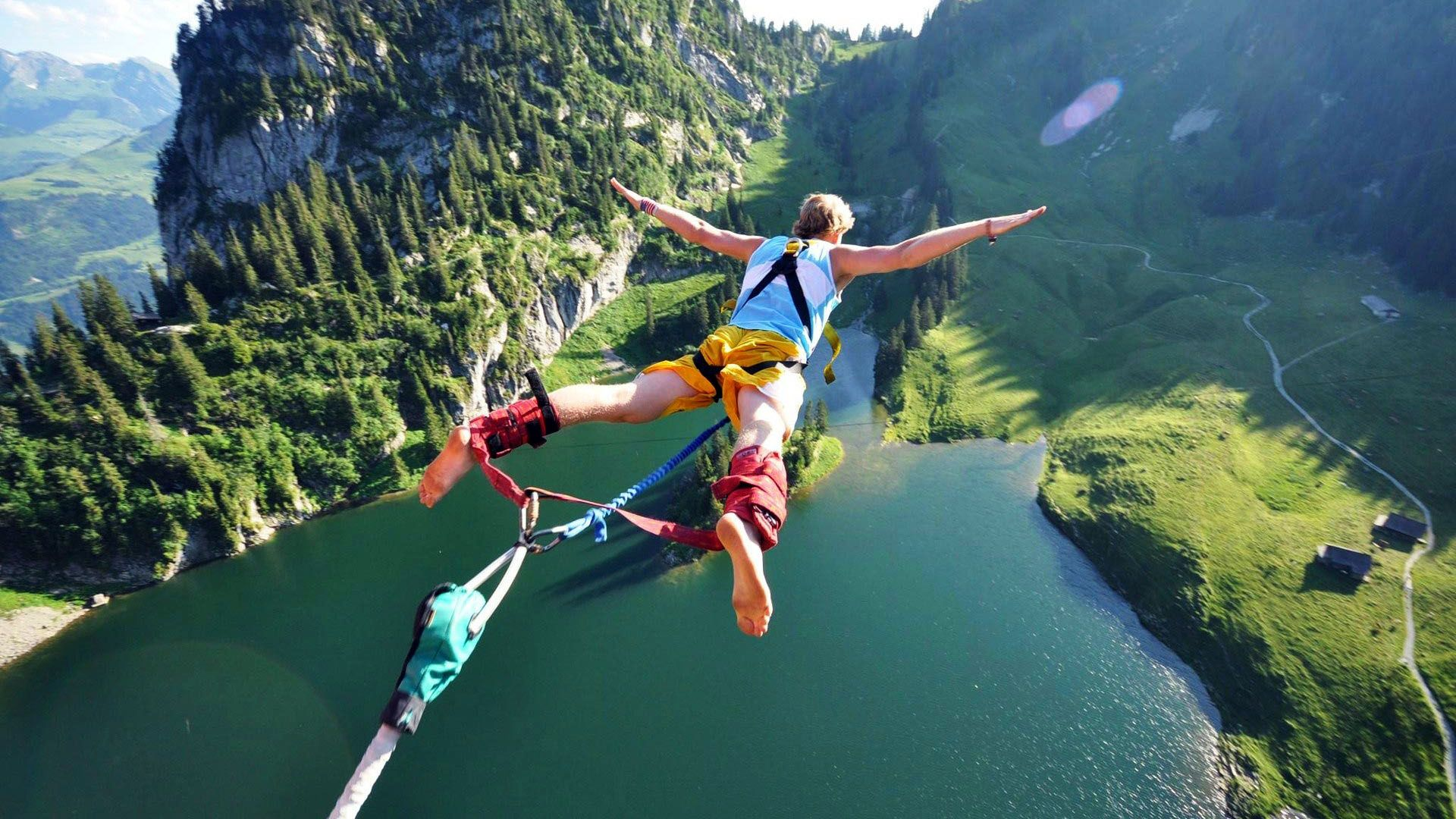 Bungee_Jumping-1