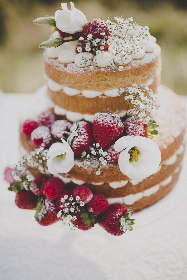 e9af755da9a387bcd7fd5c58bedb2ae0 Bolo de casamento o destaque da mesa de doces