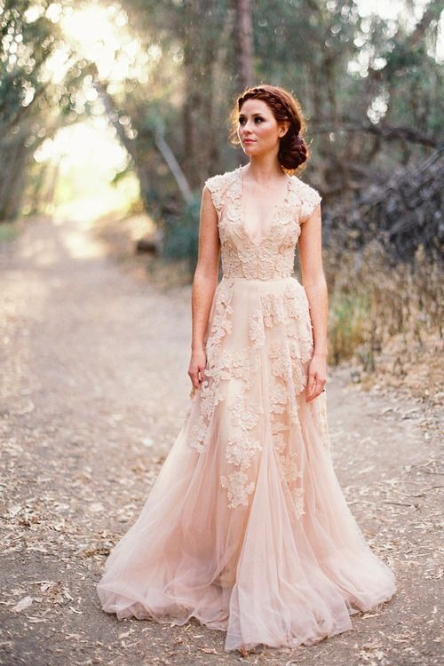 18db0a011ce2db01669bebe028fda66d Vestidos de Noiva suavemente coloridos
