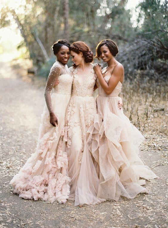 c33cb6f016e87395a8337739d019f8b5 Vestidos de Noiva suavemente coloridos