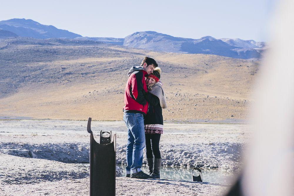 Ariel-Lau-Geysers-16-of-18 Ensaio no Deserto do Atacama: Lauren e Ariel