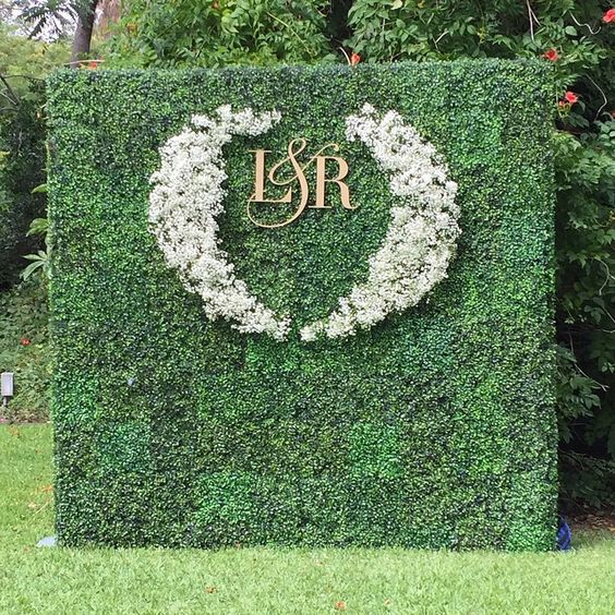 moss-green-wedding-backdrop
