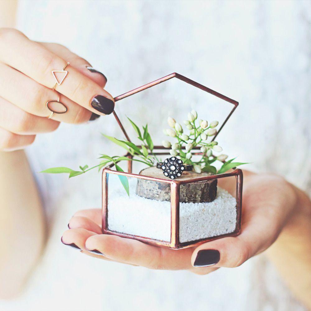 463819_25-lovely-wedding-ring-holders
