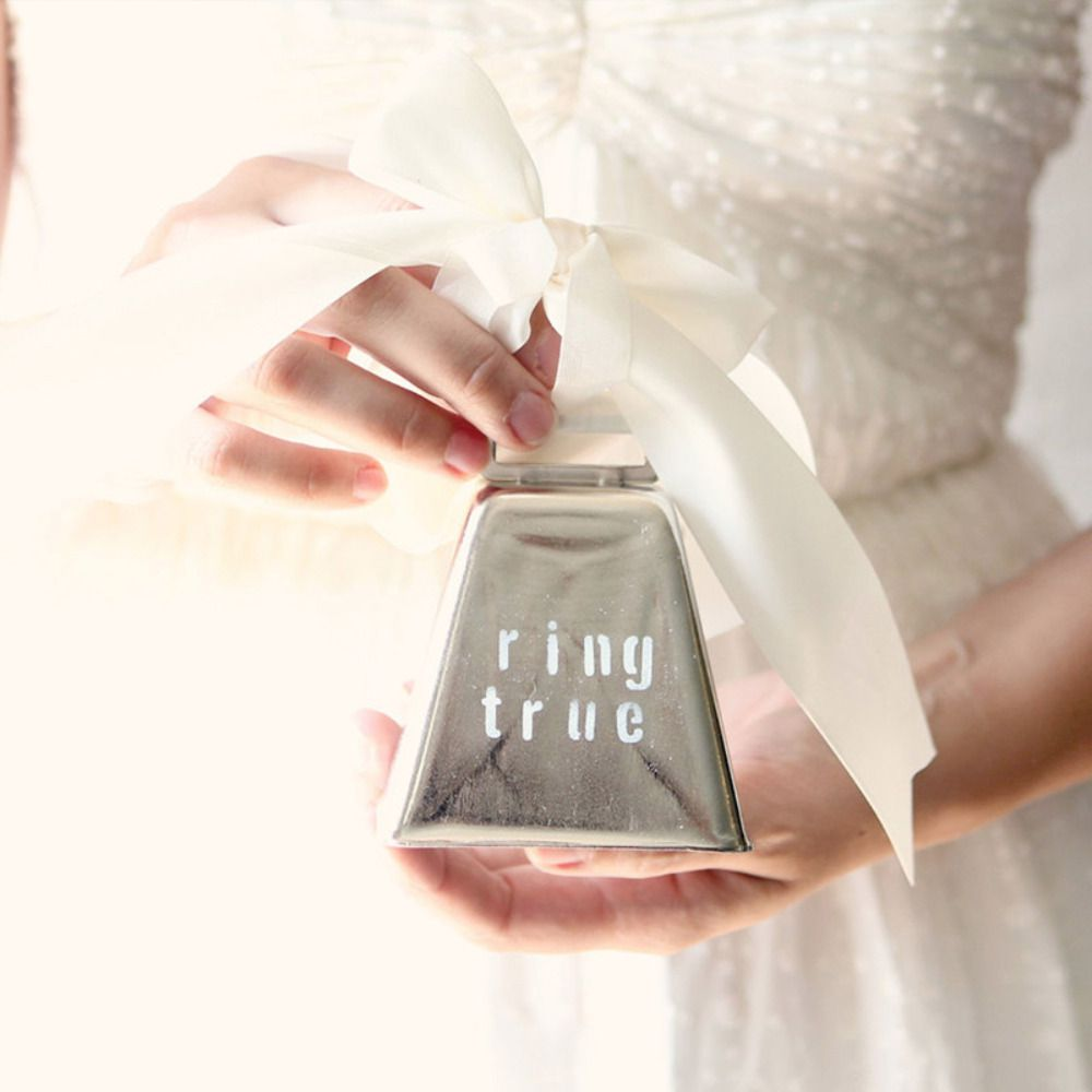 463834_25-lovely-wedding-ring-holders