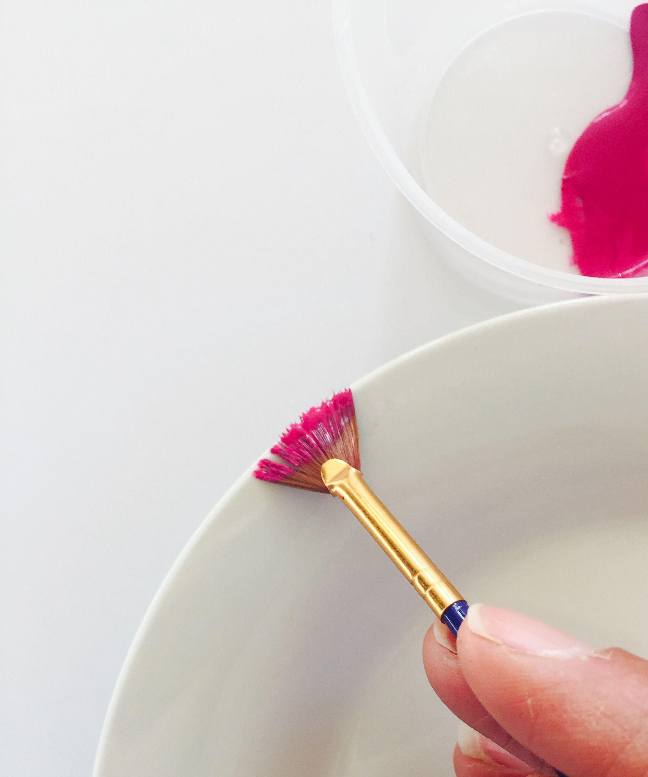 diy-pink-rimmed-plates-05