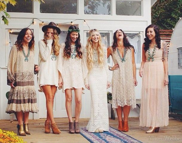 002-boho-bohemian-wedding-details-ideas-mismatched-bridesmaids