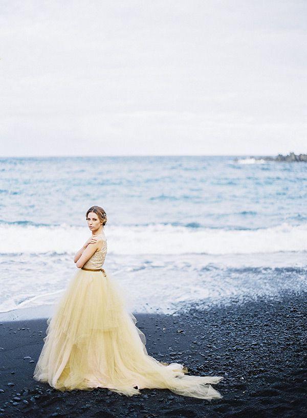colored-wedding-dresses-coloured-wedding-dresses-16 Atreva-se a ser diferente: Vestidos de noiva Coloridos   Vestido de noiva