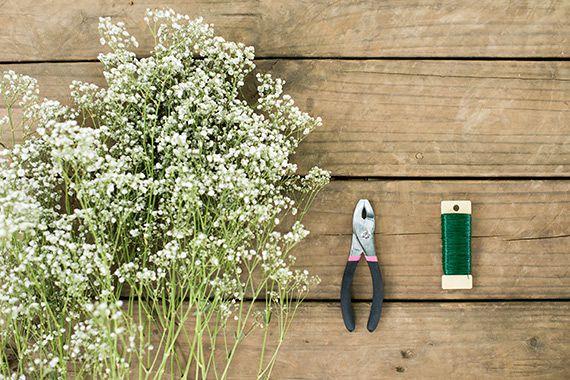 diy-babys-breath-flower-crown-9 DIY: COROA DE FLORES PARA DAMINHAS