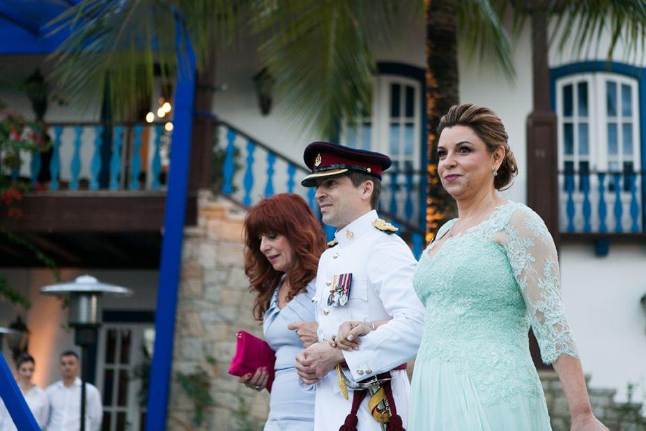 casamento real azul madrinha
