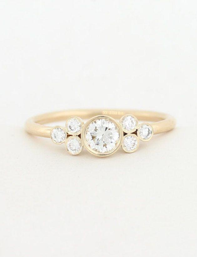 Minimal-Engagement-Rings-630x820 5 ANÉIS DE NOIVADO DELICADOS