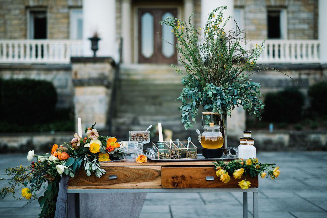 Tea-Bar-Wedding-Inspiration-by-Lauren-Love-Photography-and-Cheryl-Sullivan-Events-36-1140x761 Inspiração orgânica do casamento: chás e folhagens
