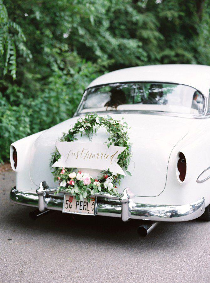 getaway-car-decoration-ideas-3 PERSONALIZE O CARRO DO SEU CASAMENTO!