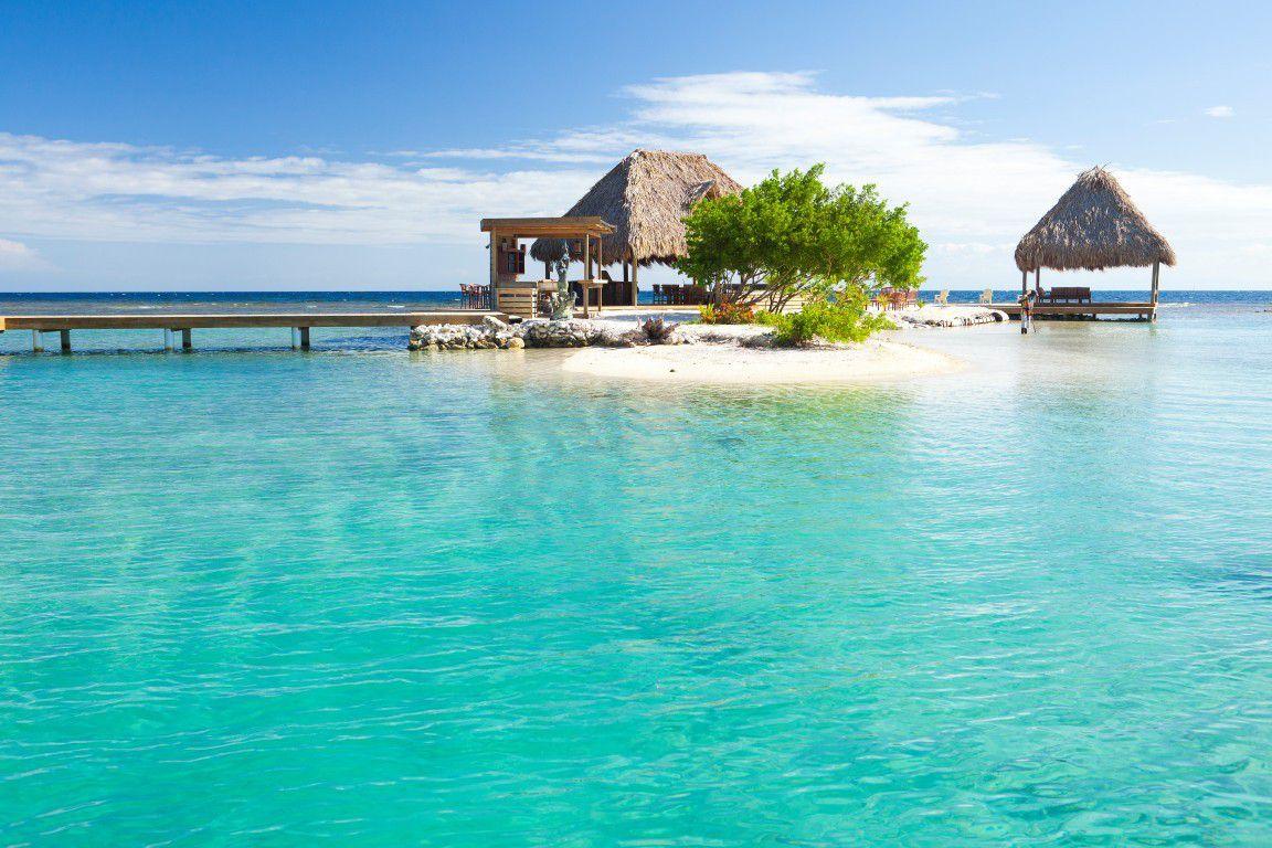 roatan-2 Lua de mel: 5 Ilhas mais visitadas e amadas no mundo!