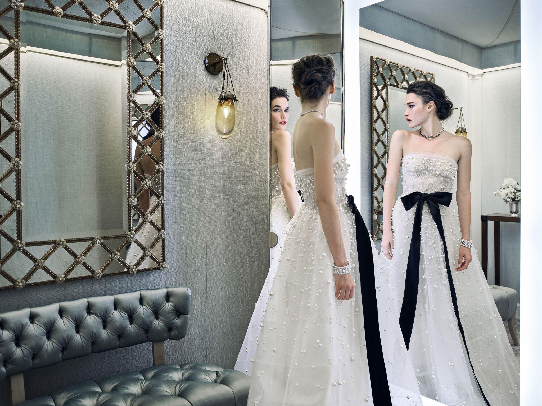 bonequinha-de-luxo-reem-acra-13 Tendências de vestidos de noiva para 2018