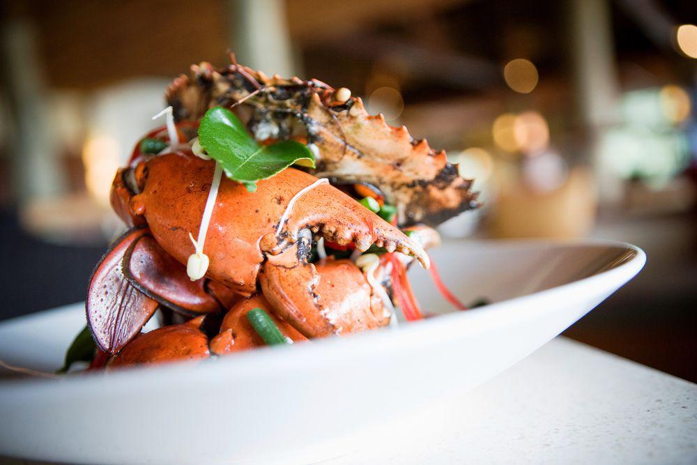fiji-for-foodies-LLR-mud-crab Lua de mel incrível em Fiji | Roteiros de Lua de Mel