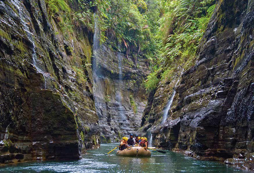 fiji-honeymoon-adventure-rafting Lua de mel incrível em Fiji | Roteiros de Lua de Mel