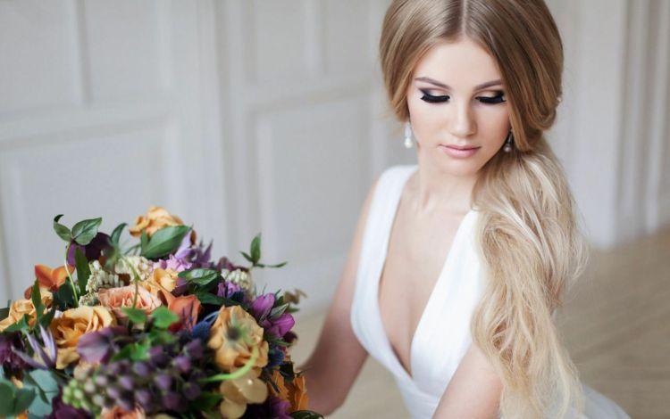 Penteados românticos para cabelos longos