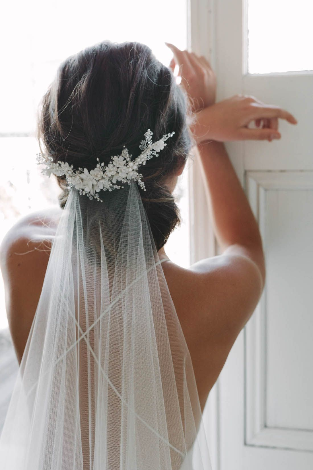 acessorios-para-cabelos09 Cabelos da noiva: acessório de cabeça