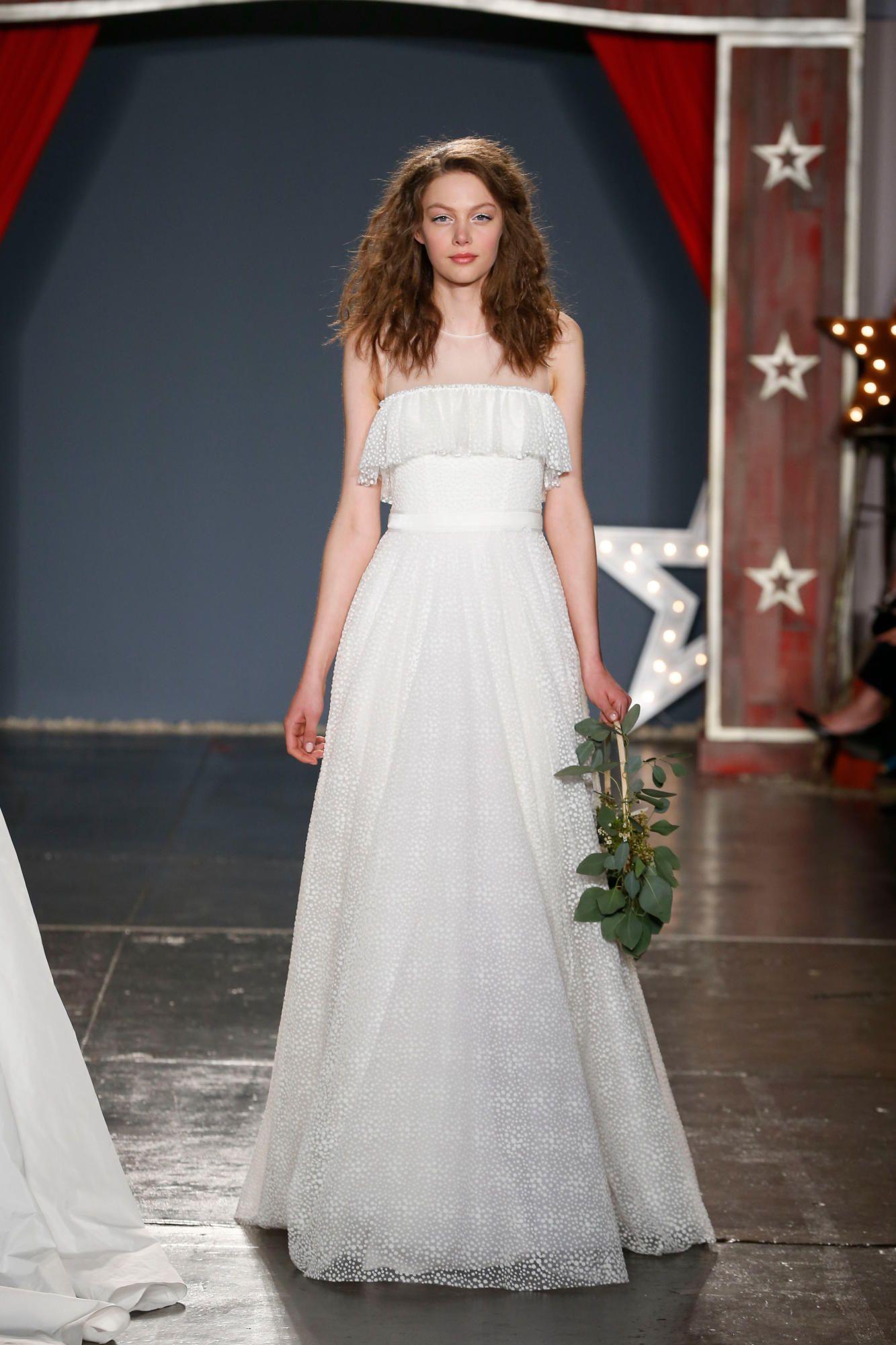 jenny-packham-bridal-spring-2018-70s-dress Tendências de vestidos de noiva para 2018