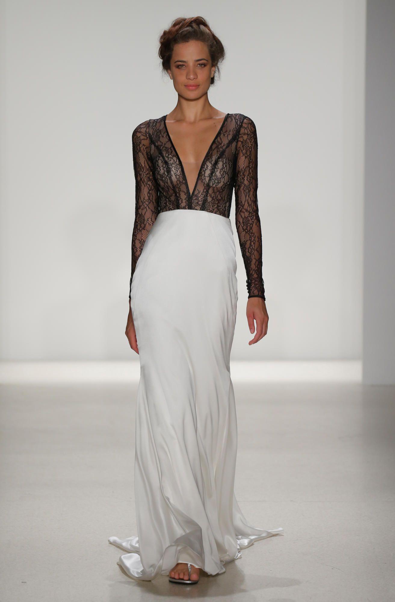 kelly-faetenini-spring-2018-bridal-black-white-dress Tendências de vestidos de noiva para 2018