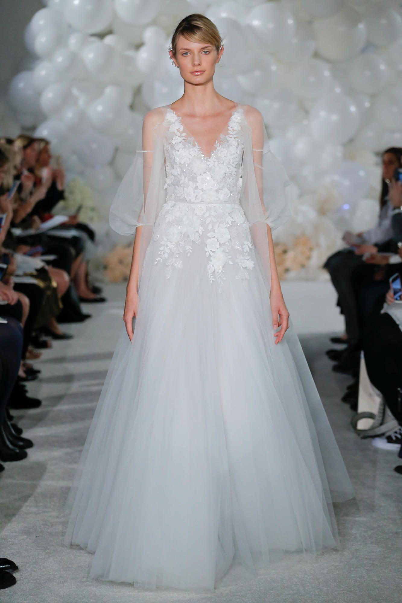 mira-zwillinger-bridal-spring-2018-puff-sleeve-dress Tendências de vestidos de noiva para 2018