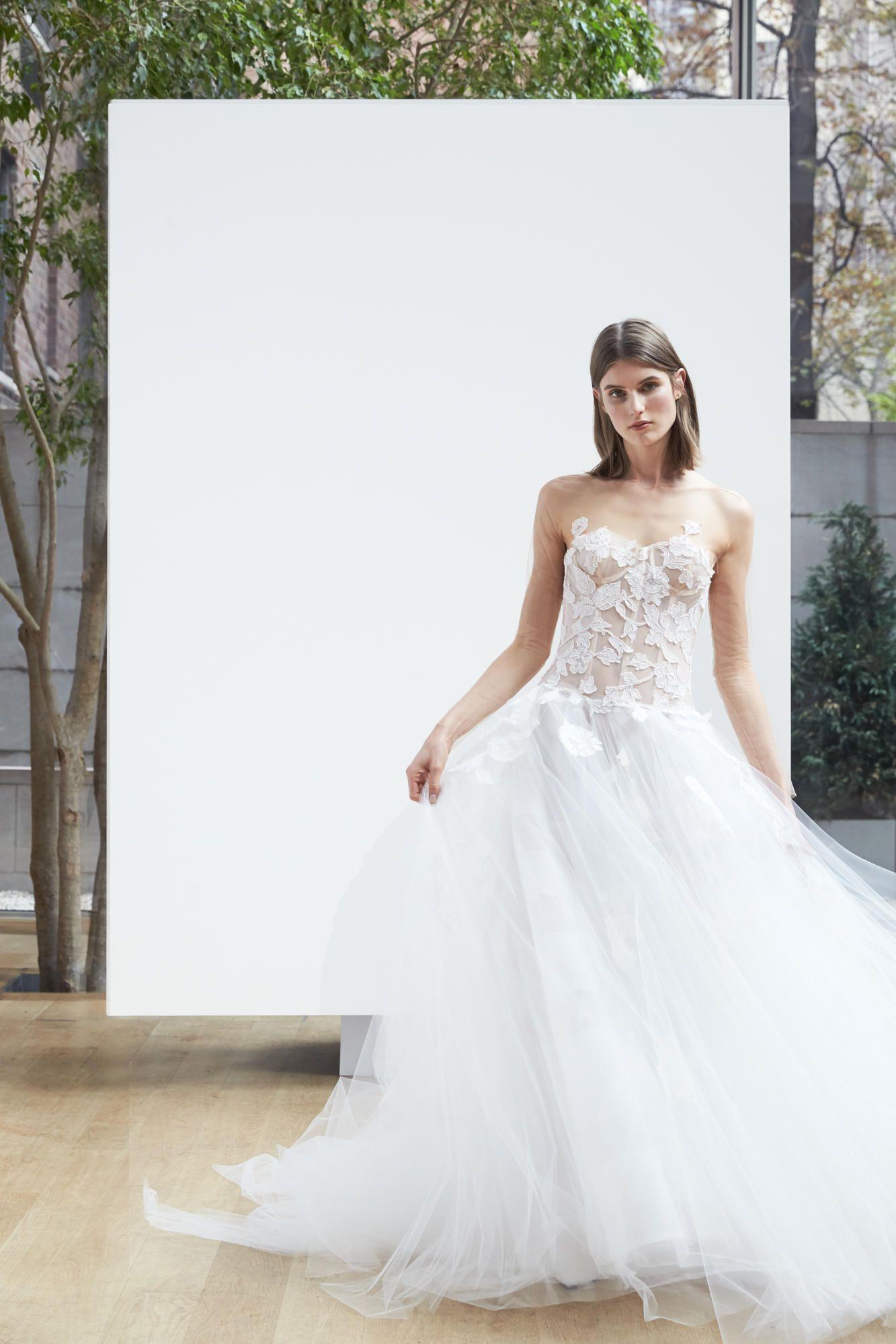 oscar-de-la-renta-bridal-spring-2018-corset-dress Tendências de vestidos de noiva para 2018