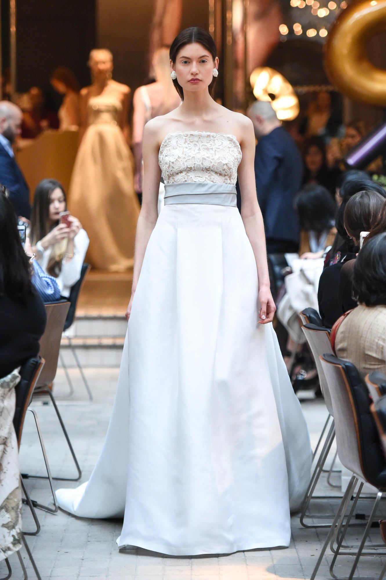 sachin-and-babi-spring-2018-bridal-blue-belt-gown Tendências de vestidos de noiva para 2018