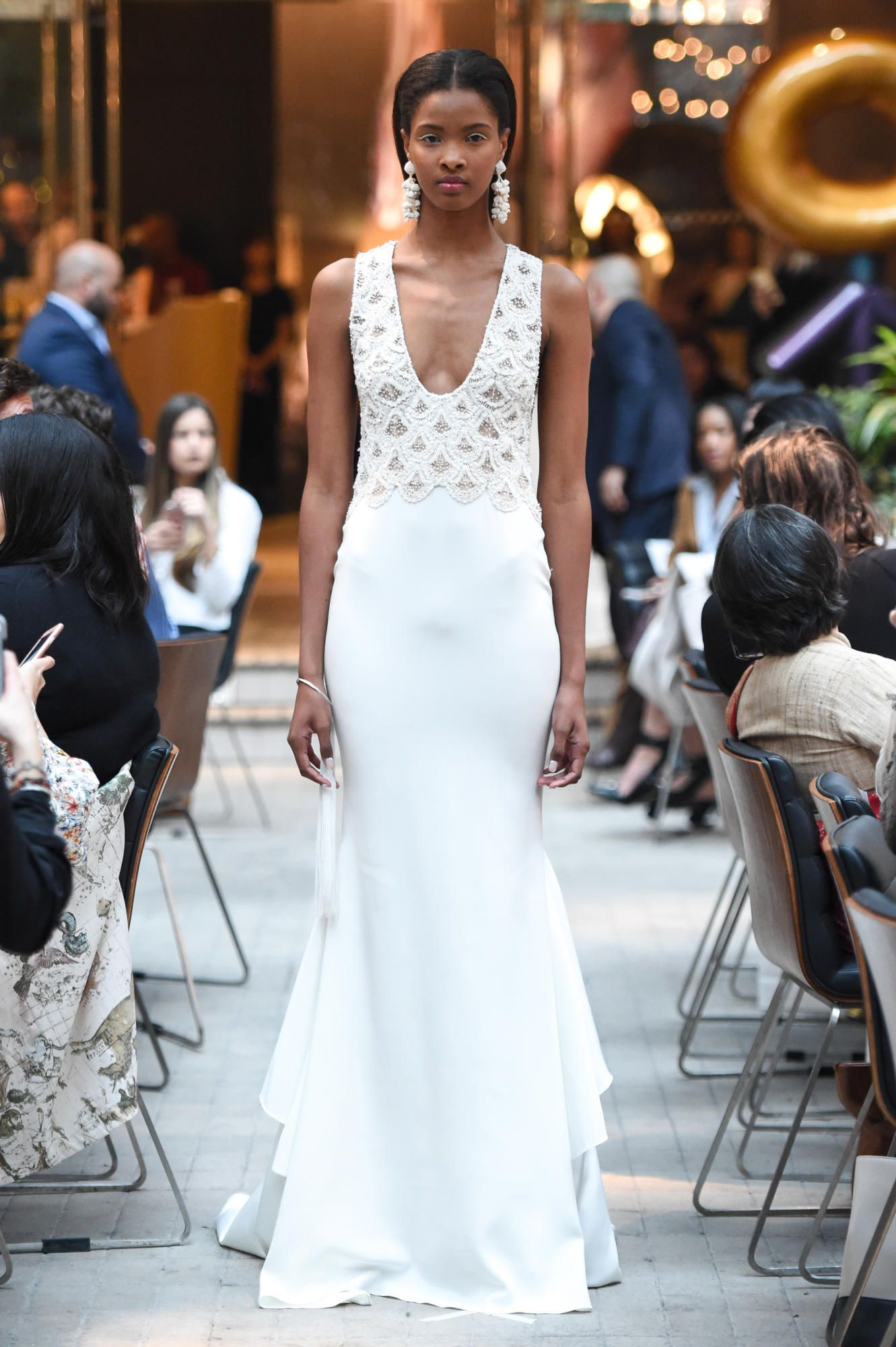 sachin-and-babi-spring-2018-bridal-deco-gown Tendências de vestidos de noiva para 2018