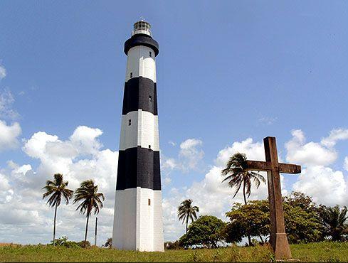 farol-porto-da-pedra Maragogi o Caribe Brasileiro | Lua de Mel
