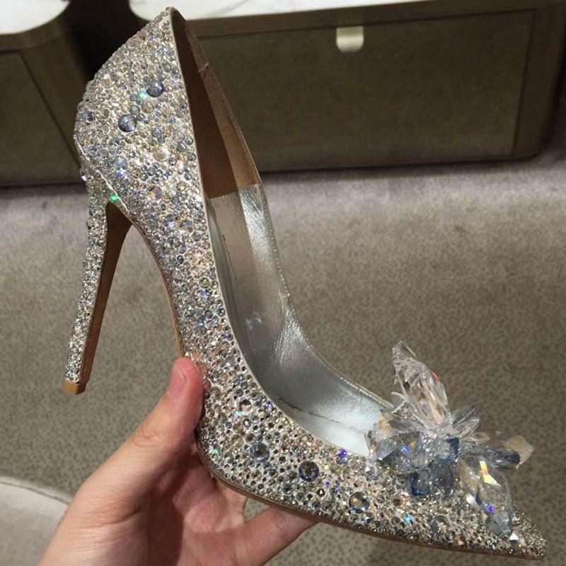 sapato5 Sapato de noiva com glitter, strass, metalizado ou pérola?