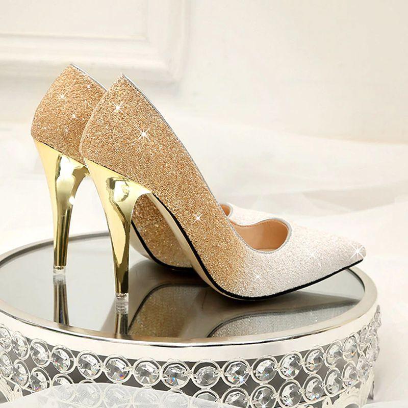 sapato6 Sapato de noiva com glitter, strass, metalizado ou pérola?