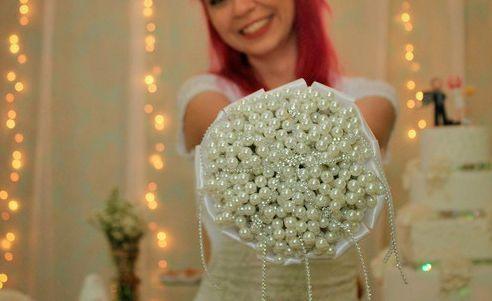 bouquetperola O que pode substituir o buque tradicional de noiva? Inove no altar!