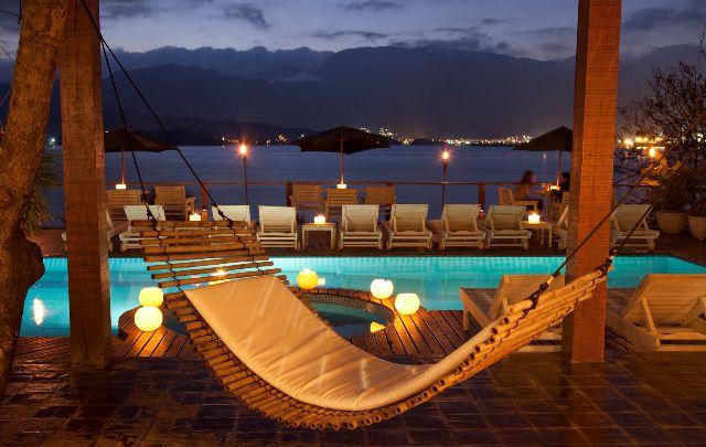 lua-de-mel_ilha-bela_hotel-Barra_do_Piuva Um sonho com vista para o mar: dicas incríveis para a sua lua de mel em Ilhabela!