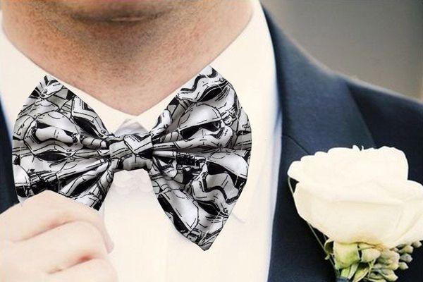 noivo-estiloso-gravata-starwars Noivo estiloso: como ousar e ser original no dia do casamento